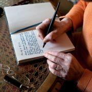 Schreiben über das Leben - Tagebuch schärft Blick für den Alltag (Foto)