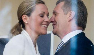 Zumindest eine Rückschau auf diese Partnerschaft zwischen Ex-Bundespräsident Christian Wulff und Noch-Ehefrau Bettina erhielten Zuschauer in «Der Rücktritt» - sehen wollten es wenige. (Foto)