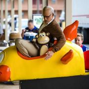 «Jackass: Bad Grandpa»: Derber Spaß auf Blu-ray (Foto)