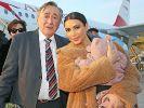 Lugner genervt von Stargast Kim Kardashian (Foto)