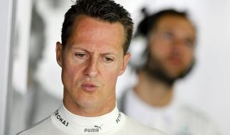 «Geh nicht. Kämpfe so, wie du auf deiner letzten Runde in Brasilien für Ferrari gekämpft hast!», fleht ein Ferrari-Fan Schumacher an. (Foto)