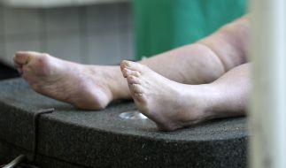 Kurz vor der Einbalsamierung bewegte sich die vermeintliche Leiche wieder. (Foto)