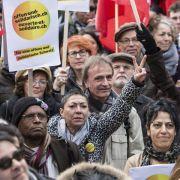 Schweizer demonstrieren für offene Eidgenossenschaft (Foto)