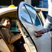 «Sehr gerne» und nette Taxifahrer - Gibt es eine neue Höflichkeit? (Foto)