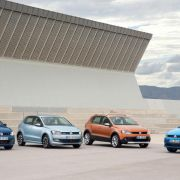 VW bringt Polo-Ableger im neuen Design nach Genf (Foto)