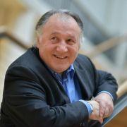 Peter Weibel: Vom Schlüsselkind zum Ausnahmekünstler (Foto)