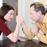 Machtkampf: Wie Ungleichgewicht in Beziehungen entsteht (Foto)