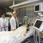 Verletzte Komissarowa auf Gehhilfen angewiesen (Foto)
