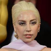 Lady Gaga verlost Dinner mit sich (Foto)