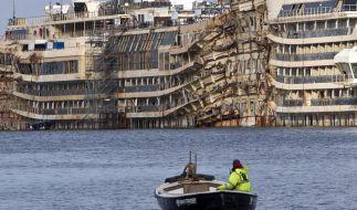 Deutsche Experten untersuchen Wrack der «Costa Concordia» (Foto)