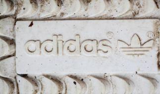 Starker Euro bremst Adidas-Sprint - Gewinnanstieg (Foto)