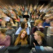 Sex-Mobbing: Professor zeigt Studentin an (Foto)