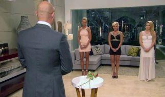 Für Kandidatin Susi (Mitte) war im «Bachelor»-Halbfinale Endstation. (Foto)