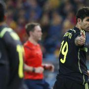 Nervöses Debüt von Diego Costa für Spanien (Foto)