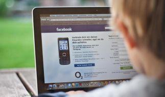 Viele Jugendliche sind ständig online (Foto)