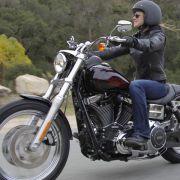 Für Custom-Fans und kleine Biker: Neue Maschinen von Harley-Davidson (Foto)