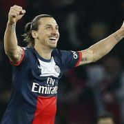 Platz 3: Superstar Zlatan Ibrahimovic spielt ganz vorn mit dabei. Das spiegelt sich auch auf seinem Lohnstreifen wieder. Der Schwede verdient bei Paris Saint-Germain unglaubliche 41,8 Millionen Dollar (ca. 36,7 Millionen Euro).