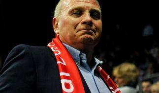 Seit dem 10. März steht Bayern-Präsident Uli Hoeneß wegen Steuerhinterziehung vor Gericht. (Foto)