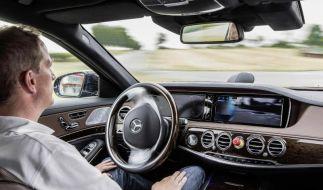 Hände weg vom Steuer: Wann Autos von alleine Fahren (Foto)