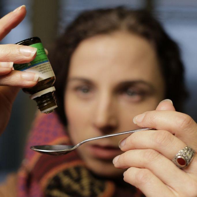 Was wirklich hinter Homöopathie Osteopathie steckt (Foto)
