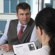 So meistert man heikle Fragen im Bewerbungsgespräch (Foto)