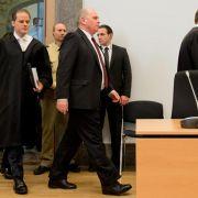 Hoeneß vor Urteil zwischen Hoffen und Bangen (Foto)