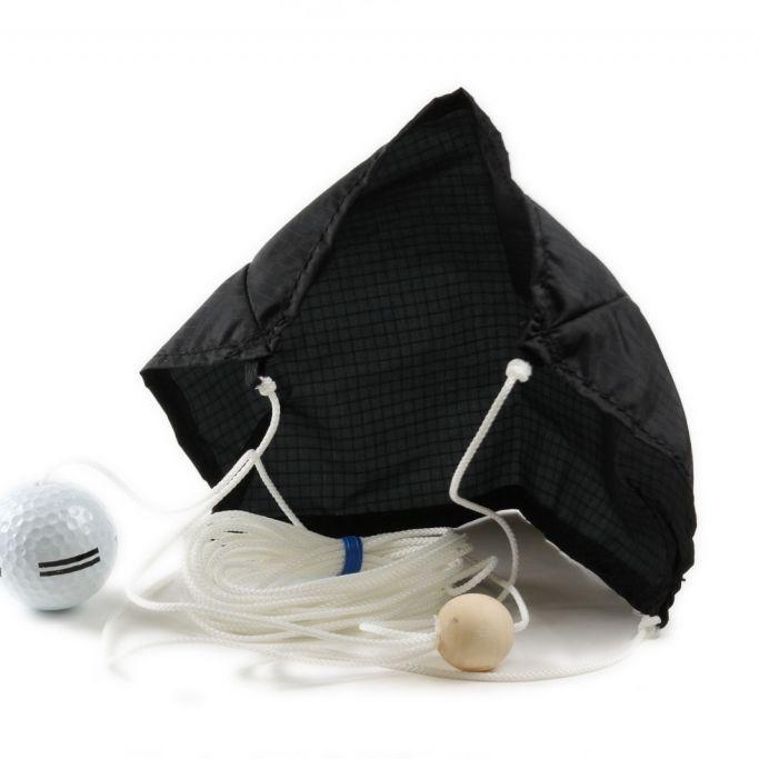 Flieg, Golfball, flieg - aber bitte nicht so weit! (Foto)