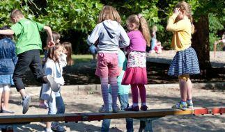 Kinder nicht in Schwarz kleiden (Foto)