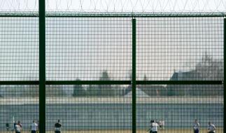 Bald Gefängnisalltag statt Stadion für Uli Hoeneß (Foto)