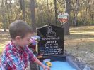 Ein Grab zum Spielen