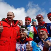 Gespür für Gold: Putin beklatscht russische Staffel (Foto)