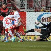 Sanogo schießt Cottbus zu 1:0-Sieg gegenKarlsruhe (Foto)