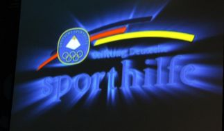 FCBayern spendet 220 000 Euro an Deutsche Sporthilfe (Foto)
