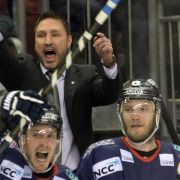 Playoffs ohne zwei Favoriten - Tomlinson bleibt Coach (Foto)