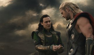 Kann Thor (Chris Hemsworth) seinem Adoptivbruder Loki (Tom Hiddleston) vertrauen? (Foto)