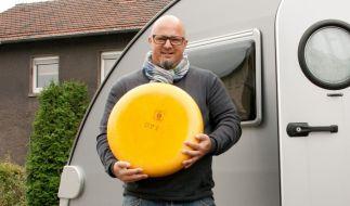 Wohnwagen und Käseleib für Detlef - das kann nur eines bedeuten: Roadtrip nach Holland! (Foto)
