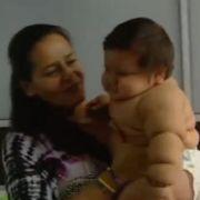 Dieses Moppel-Baby wiegt 21 Kilo! (Foto)