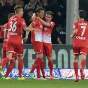 Freiburg zieht Ex-Trainerwieder in den Abstiegskampf (Foto)