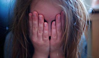 Bestialisches Martyrium: Vier Jahre soll ein Wiener Mädchen täglich missbraucht worden sein (Symbolfoto). (Foto)
