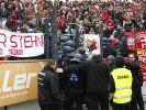 Festnahmen nach Schlägerei im Düsseldorfer Fanblock (Foto)