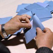 Frankreichs Sozialisten ziehen Listen wegen Rechtsextremer zurück (Foto)