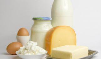 Eine eiweißreiche Diät kann Heißhunger vorbeugen - hat aber auch seine Schattenseiten. (Foto)
