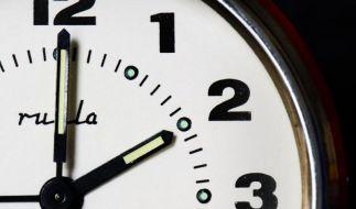 Zeitumstellung 20014: In der Nacht zum Sonntag endet wieder in den meisten europäischen Ländern die Sommerzeit. (Foto)
