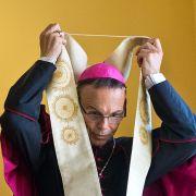 Keine Rückkehr! Papst Franziskus schiebt ihn ab (Foto)