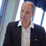 Ex-Burgtheater-Chef Hartmann will knapp zwei Millionen (Foto)