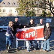 Ina Groll besucht mit NPD-Gesinnungsgenossen die frühere SS-Kultstätte Wewelsburg.