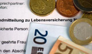 Debatte um Lebensversicherungen - Vor Kündigung genau rechnen (Foto)
