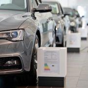 Überführungskosten bei Neuwagenkauf nicht einfach hinnehmen (Foto)