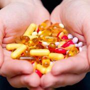 Projekt gegen unerwünschte Wirkungen täglicher Pillen-Cocktails (Foto)