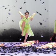 Liebe und Verzweiflung:Ballett «Mythos» in Karlsruhe (Foto)